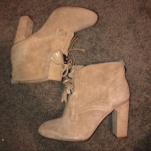 Karen Millen ankle suede boots beige size 6 us